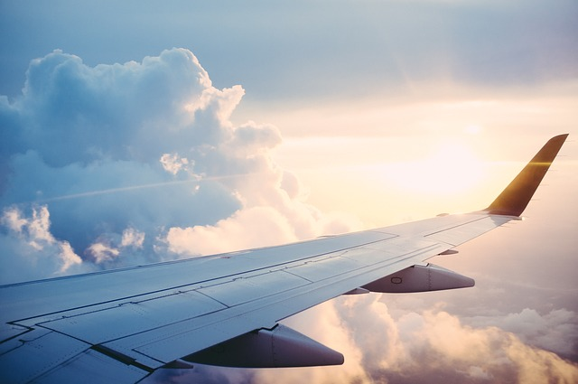 Tips To Find Cheap Flights & Save Up To 50% Or More!